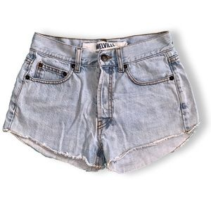 Brandy Melville | High Rise Booty Shorts